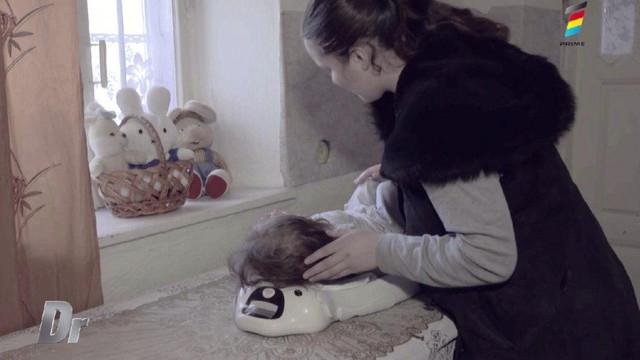 O fetiță de doi ani din Ialoveni suferă de malnutriție severă și a ajuns să cântărească doar șase kilograme