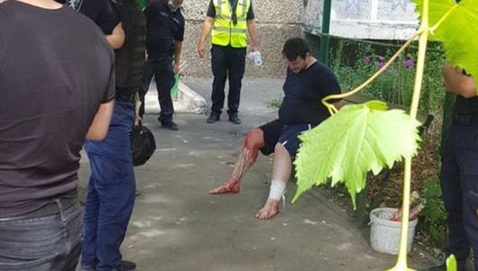 Caz șocant în Capitală. Un polițist a fost înjunghiat în umăr de o persoană agresivă