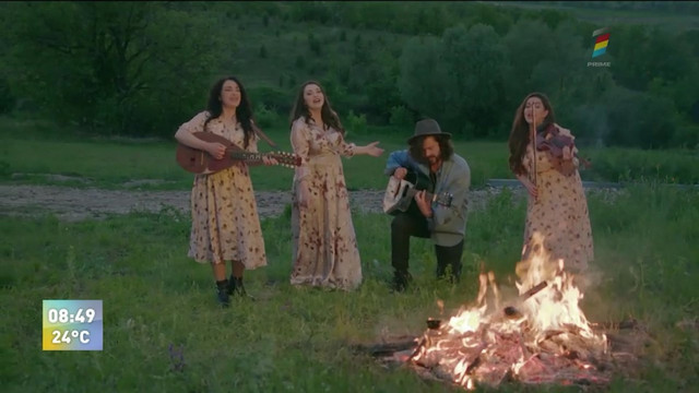Chitara mea. Pasha Parfeni a lansat un videoclip împreună cu Trio Vatra Neamului