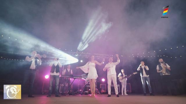 """""""Luna de n-ar fi"""". Mihaela Tabură și Sergiu Fetescu au lansat un videoclip în stil balcanic"""