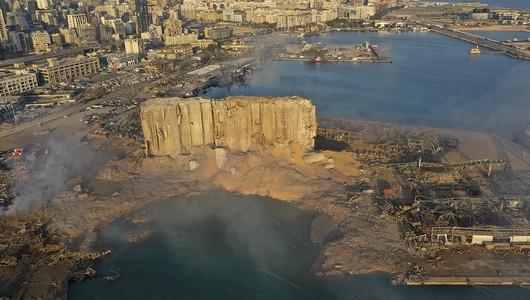 Подробности взрыва в Бейруте: бывший капитан судна
