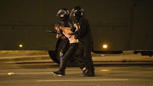 В Беларуси продолжаются беспорядки. Есть погибшие