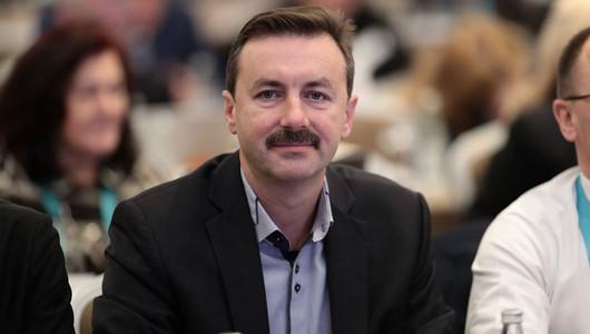 Un șef de direcție de la pretura sectorului Botanica, este acuzat că ar încerca să preia forțat frâiele Federației de Gimnastică Ritmică