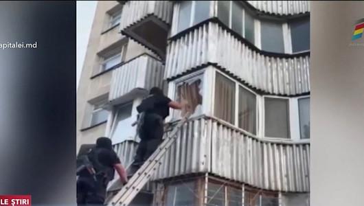 Un bărbat din Capitală riscă până la 10 ani de închisoare pentru că a încercat să-și omoare vecinul