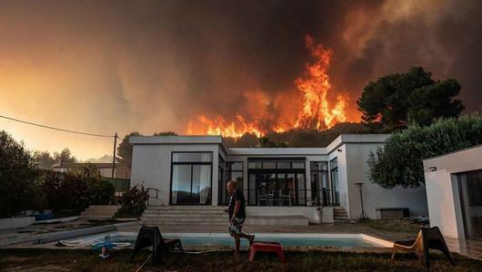 Лазурный берег охватили пожары
