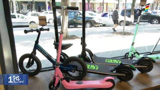 La școală, cu transport electric. Află câteva modalități eco de a ajunge mai repede