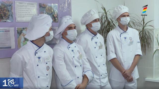 Bătălie delicioasă! Peste 100 de tineri și-au etalat măiestria la Campionatului Gastronomic pentru Juniori din Moldova