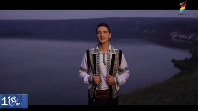 """""""Merg cu cântecul prin lume"""". Victor Dănuță a lansat un nou videoclip"""