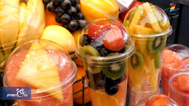 Motivul pentru care nu trebuie niciodată să consumi fructele tăiate și ambalate