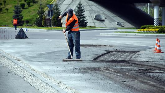 Mai multe străzi din orașul Orhei intră în reparație. Vor fi montate borduri noi și extinse spațiile verzi