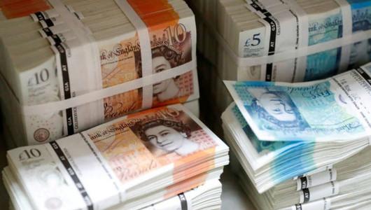 Banii, reținuți de pe conturile lui Luca Filat, vor fi transferați în Moldova de către autoritățile britanice