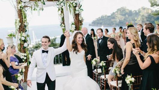 Играют свадьбы, пока можно: пары готовы проводить торжественные мероприятия даже в будни
