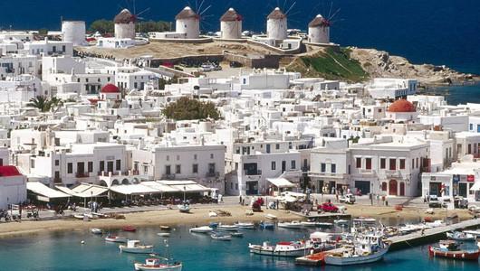 Греческие острова Миконос и Иос могут закрыть для туристов