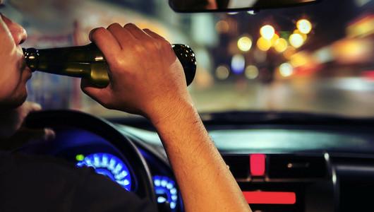 """Procuratura Generală propune pedepse mai """"dure"""" pentru șoferii prinși băuți sau drogați la volan"""