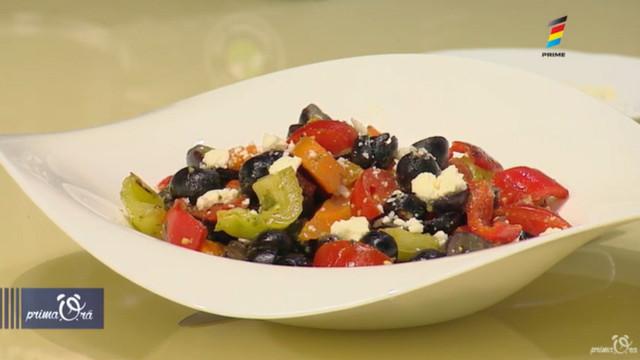 Rețeta de la Prima Oră: Salată cu struguri