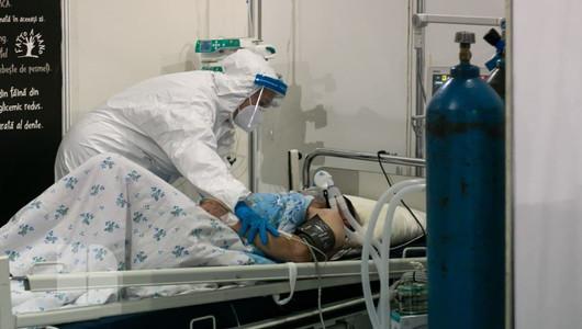 Dezastru la Centrul COVID-19 de la Moldexpo. Pacienții conștientizează gravitatea situației doar când ajung la ATI, alții însă nici măcar atunci